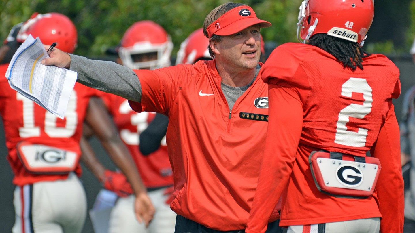 Uga Football Kirby Smart Named To Paul Bear Bryant Coach Of The Year Award Watch List